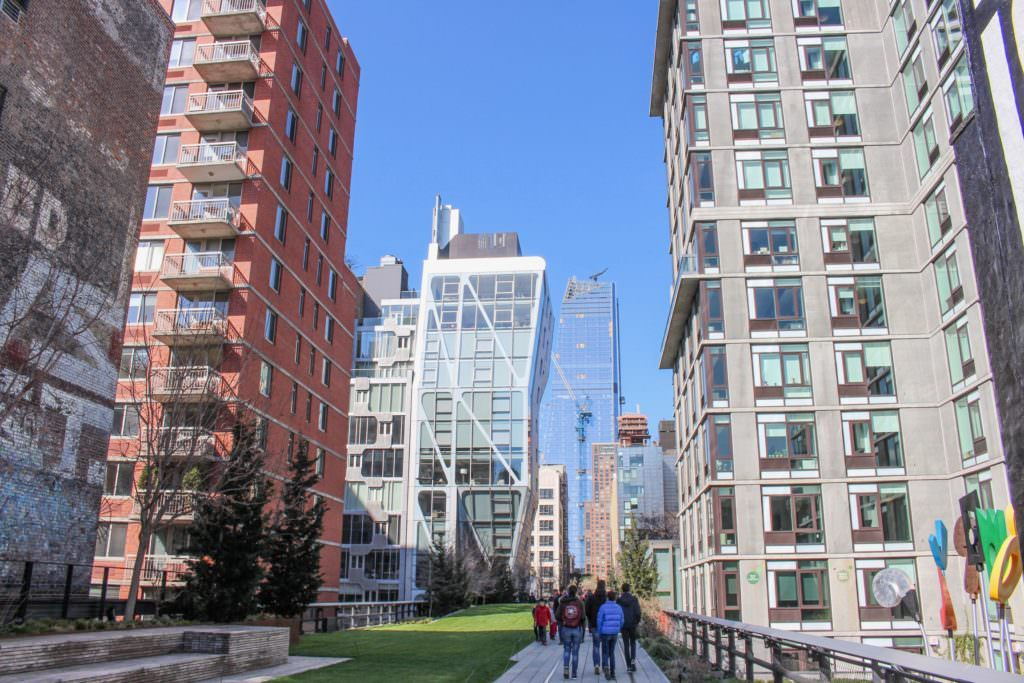 Manhattan Travel (C)EatTalkTravel